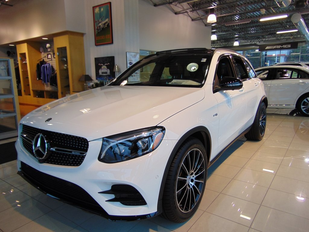 new 2018 mercedes benz glc amg glc 43 suv suv in akron m9513 mercedes benz of akron. Black Bedroom Furniture Sets. Home Design Ideas